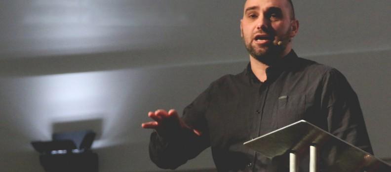 На 06.05.2018г. на богослужението ни ще проповядва Анди МакКалоу